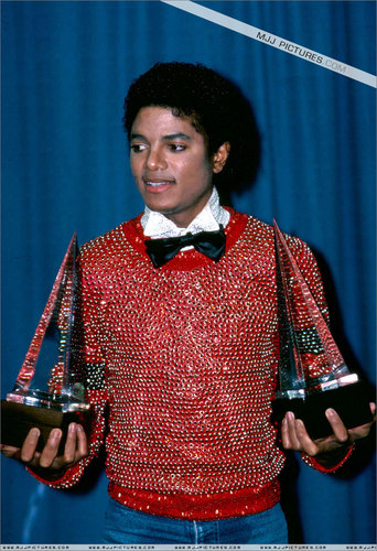 michael jackson the king of pop :)