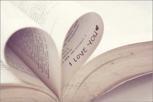 Love to read<3